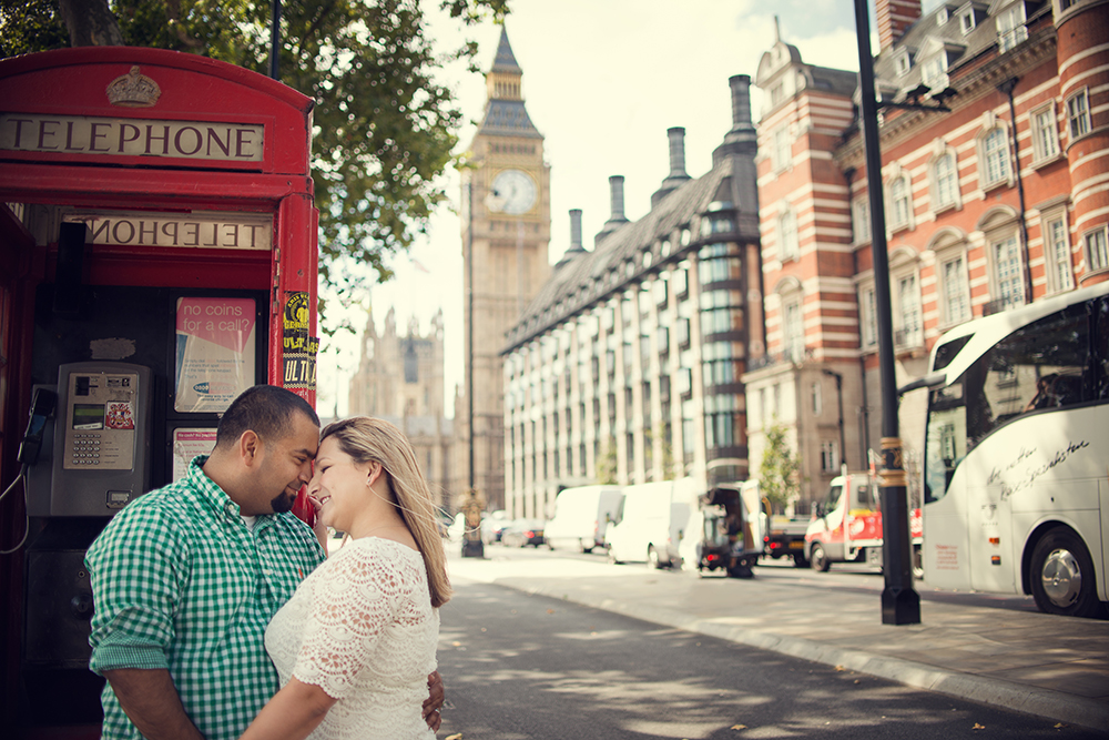 London couple shoot for vacation