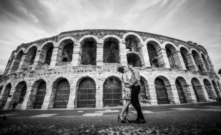 When in Rome have a couples photo shoot