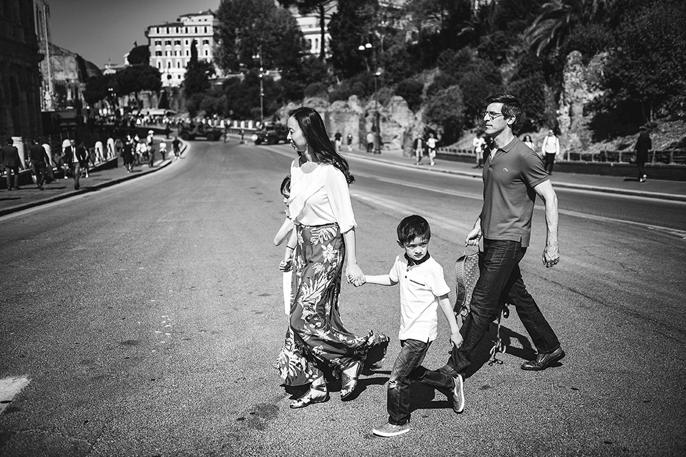 Natural family photography Rome