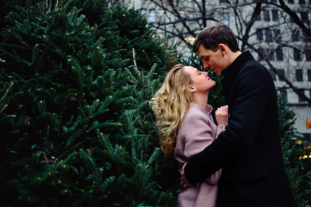 Christmas tree photo shoot in NYC