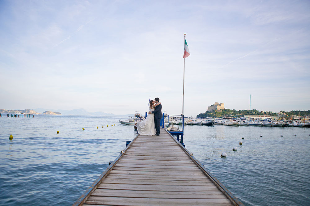 Wedding photographer by the sea in Italy