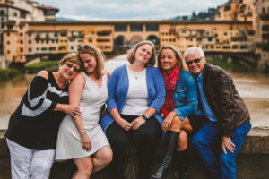 Why You Need to Have Family Photos With Mom