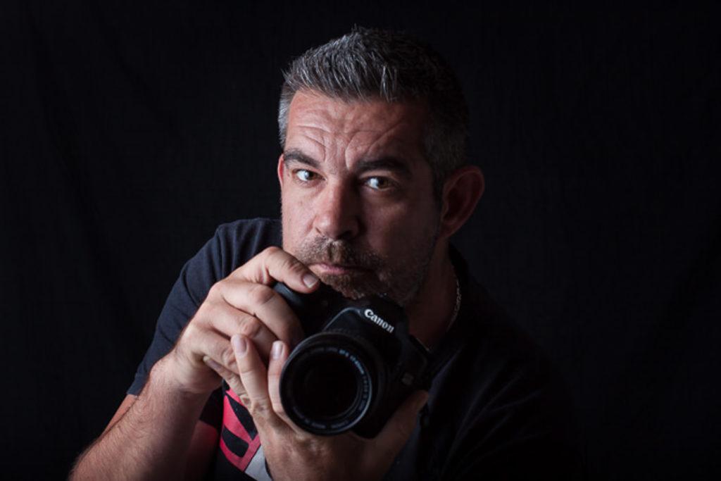 Malta Photographer: Joseph | Pix Around your vacation Photographer